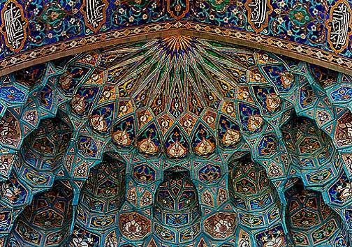 کاشی سنتی اصفهان، زینتِ بقاع متبرکه داخل و خارج کشور