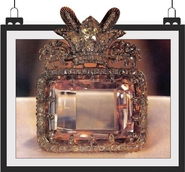 گزارشی از 10 قطعه الماس های زیبای دنیا ، بزرگ ترین الماس صورتی دنیا نزد ماست