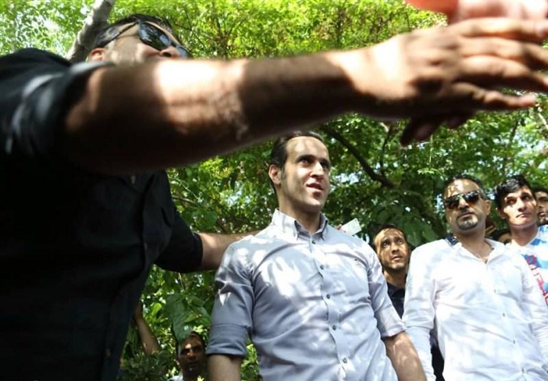 درخواست علی کریمی از طرفداران پرسپولیس؛ به تغییرات مدیریتی توجه نکنید