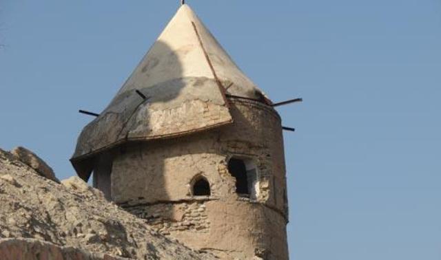 قلعه دیدنی و تاریخی فین در بندرعباس، عکس