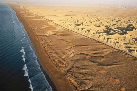جزئیات ساخت دومین بندر اقیانوسی کشور در مکران
