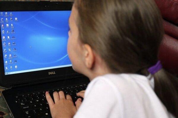 انگلیس برای حفاظت از بچه ها به شرکت های فناوری مهلت داد