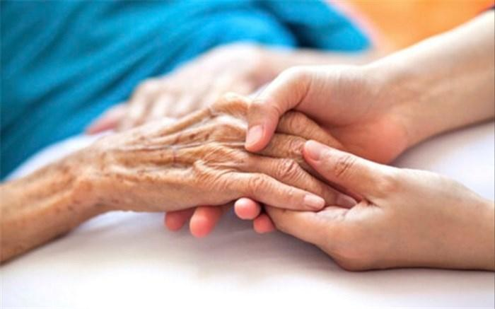 حمایت کمیته امداد از یک میلیون و 670 هزار سالمند در کشور