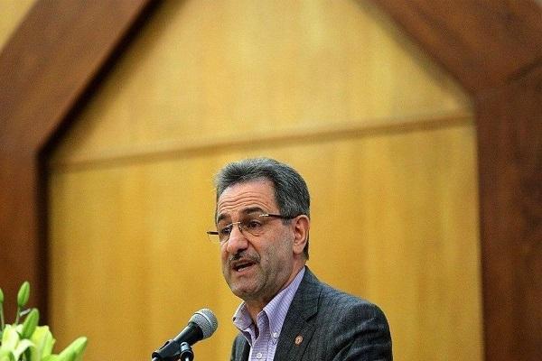 استاندار: محدودیت های کرونایی تهران ادامه می یابد