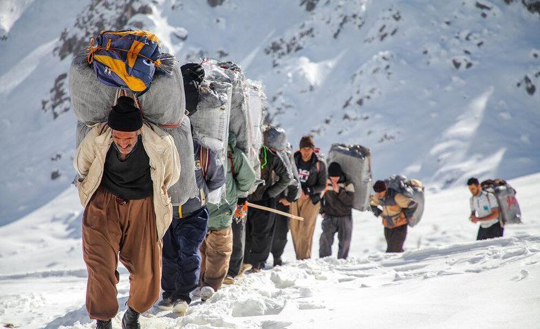 11 هزار شغل برکت برای کولبران 484 روستای مرزی