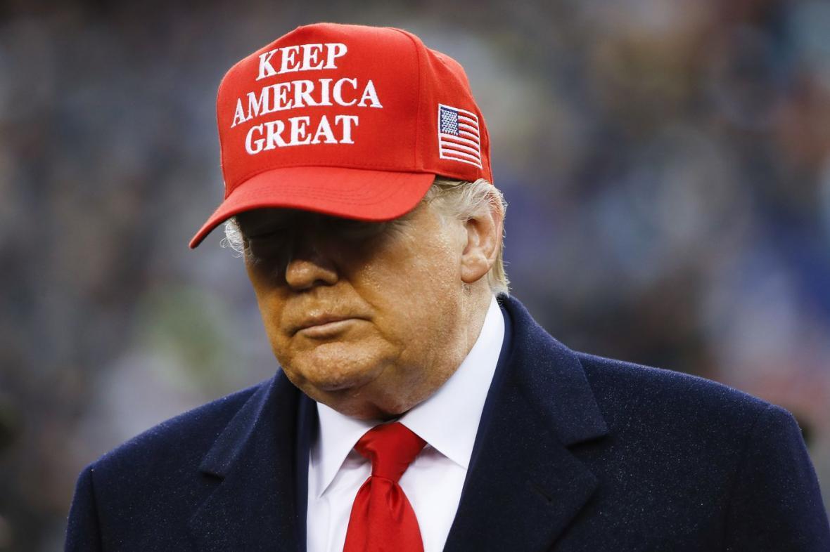 ترامپ حضوری رای خود را به صندوق می اندازد