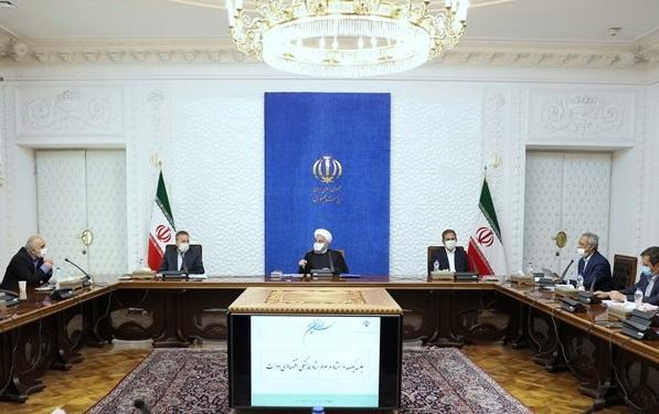 روحانی: عرضه سهام شرکت های دولتی در بازار سرمایه ادامه خواهد یافت