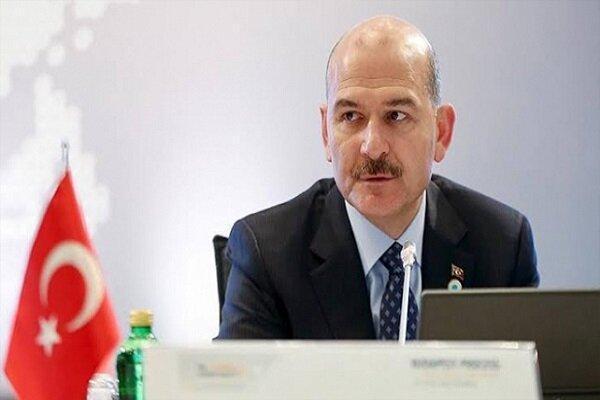 وزیر کشور ترکیه و خانواده وی در بیمارستان بستری شدند