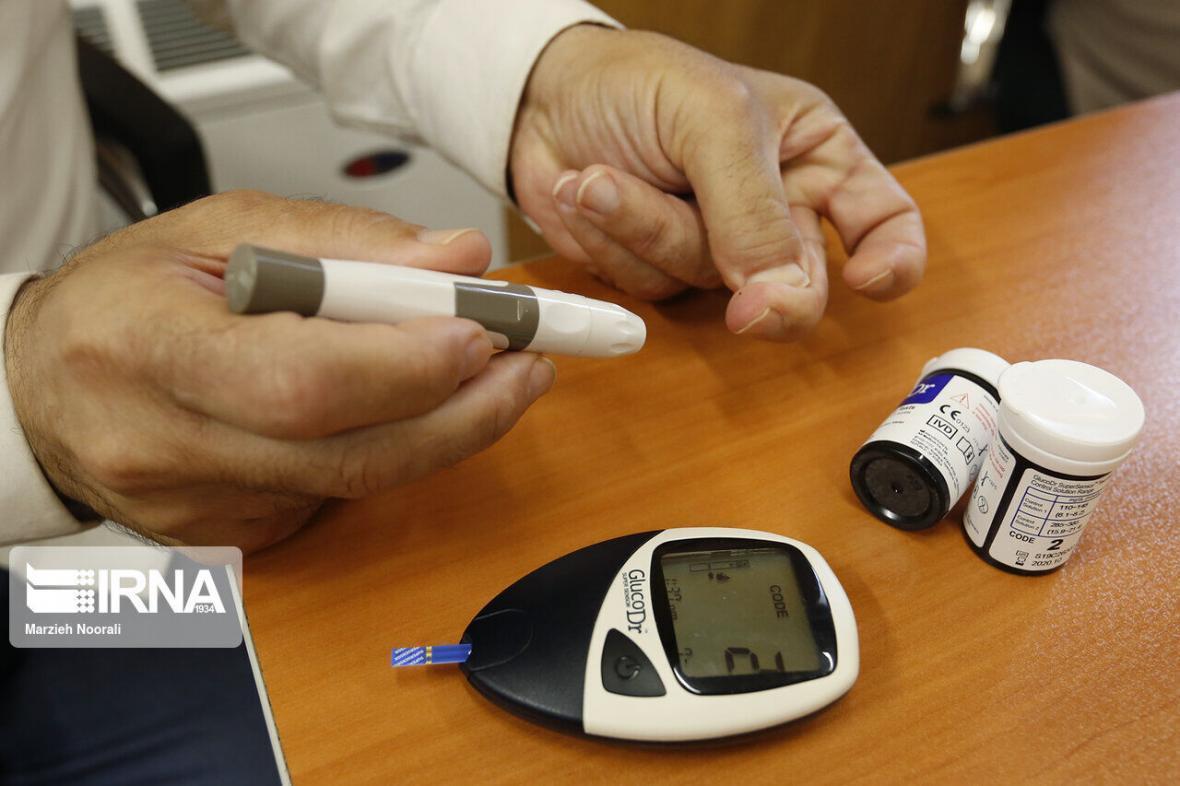 خبرنگاران شیوع دیابت در زنان ایرانی بیشتر از مردان است