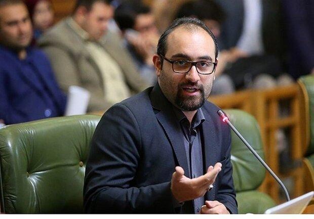 نظری: دولت در باطن اراده ای برای تعطیلی تهران نداشته است